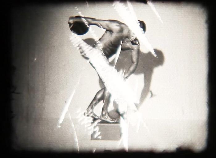 Sebastian Cruz - stillbilde fra 16mm projeksjon.