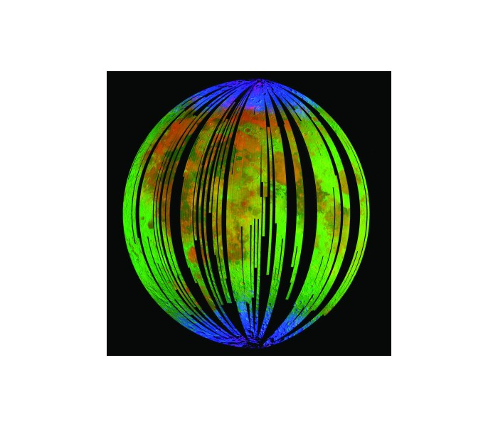 Fotografi laget med NASAs Moon Minerology Mapper som kartlegger hvilke ulike materialene og stoffene i månens overflate. De blå feltene viser til registrering av vann, rød viser funn av jernholdig pyroksen og grønn viser infrarød stråling fra solen reflektert i månens overflate.