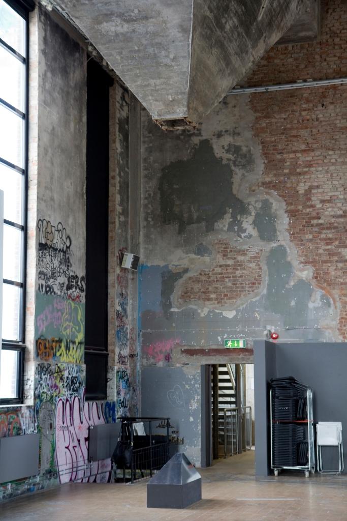 Andrea Johns – Sjakten (1:7,5) . Installasjonsbilde fra avgangsutstillingen på Röda Sten Konsthall.