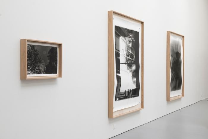 Installasjonsfoto fra avgangsutstillingen til Kunstakademiet i Oslo.