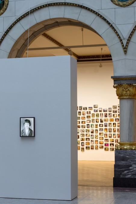 Fiona Tan. Tidens geografi. Installasjonsfoto, Nasjonalmuseet, 2015. Foto: Nasjonalmuseet / Børre Høstland.