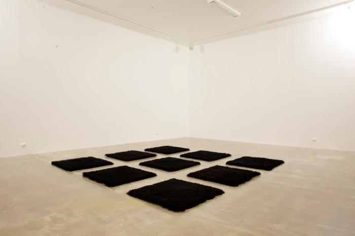 "Katharina Barbosa Blads ""A Darker Ground. Hommage to Ad Reinhardt"" på Kristiansand Kunsthall."