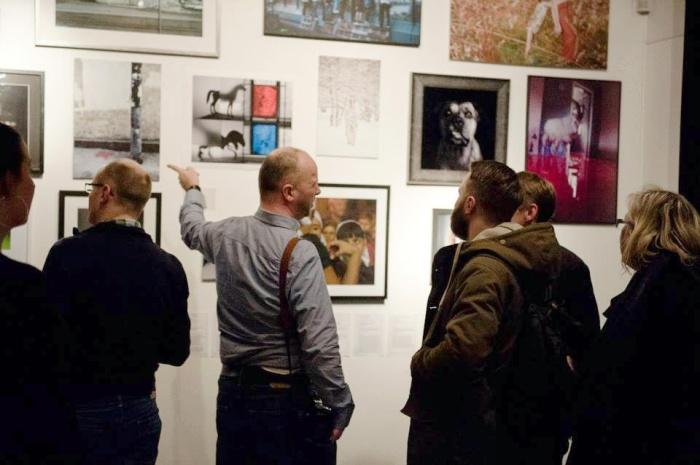 – Vi ønsker først og fremst å få til et trivelig sosialt treff der man kan bli kjent på tvers av bakgrunn og miljø, og få noen bra diskusjoner om eget arbeid med fotografi, sier Stig Marlon Weston ved CYAN.