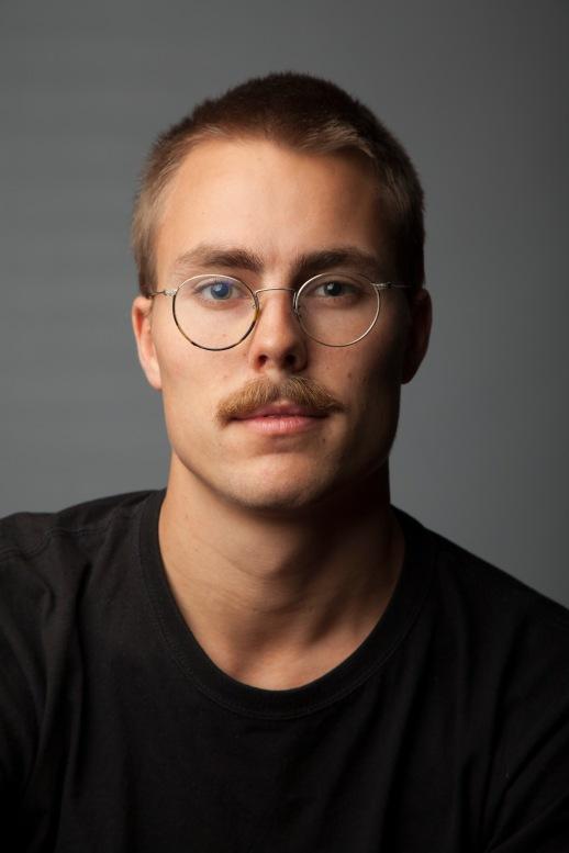 Rein Amundsen har gått på Oslo Fotokunstskoles kveldsskole siden oppstarten i høst. – At man får utvikle egne prosjekter er en av grunnen til at jeg går på skolen, sier Rein.