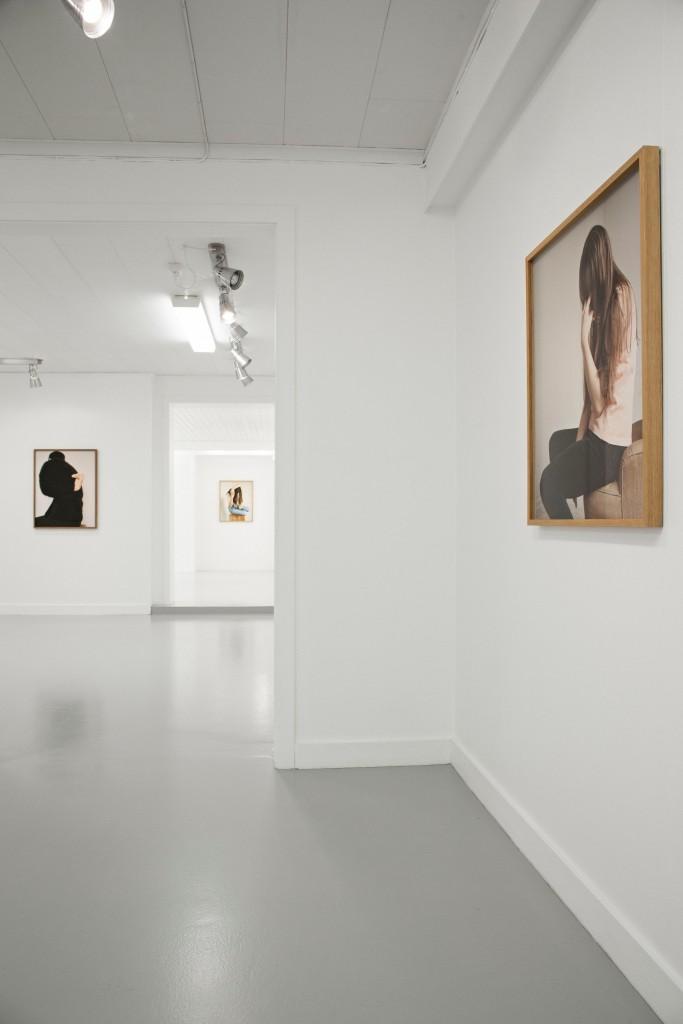 Installasjonsfoto fra utstillingen Kneganger på Galleri Galleberg.