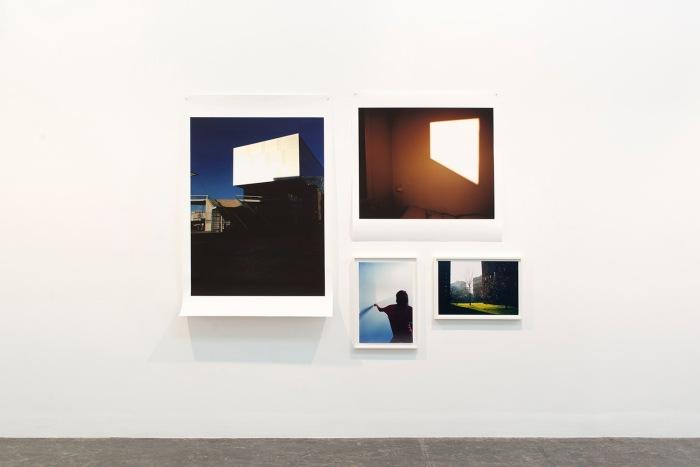Kunstner Eline Mugaas er del av panelet som skal diskutere fotografiets posisjon i samtidskunstfeltet. Her fra utstillingen Aurdal / Mugaas på Kunstnernes Hus tidligere i år.