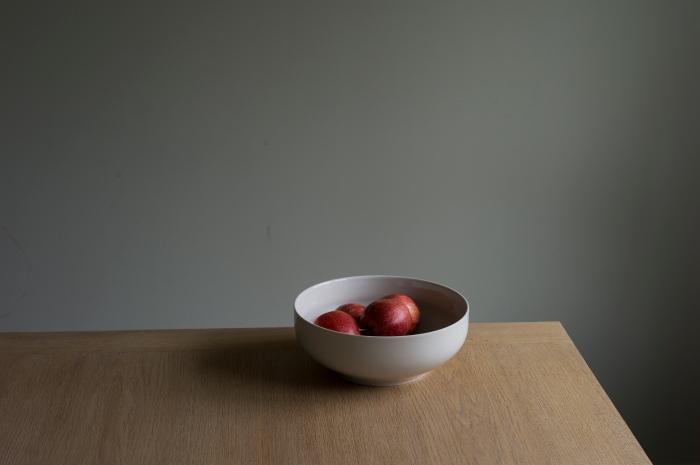 Morten Andenæs - ditt bord / mine epler, 2016.