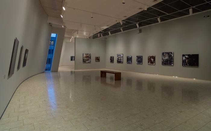 Installasjonsfoto fra utstillingen Randsoner på Lillehammer kunstmuseum.