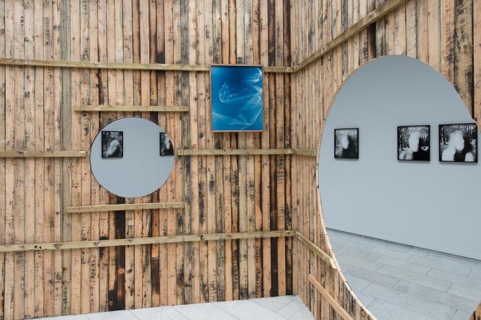 Installasjonsfoto fra Pupillen på Kunstnerforbundet av Linn Pedersen.
